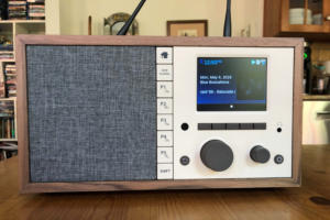 Grace Digital Mondo+ Classic review: A neoclassical clock radio for the internet age