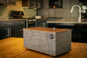 klipsch three lifestyle1