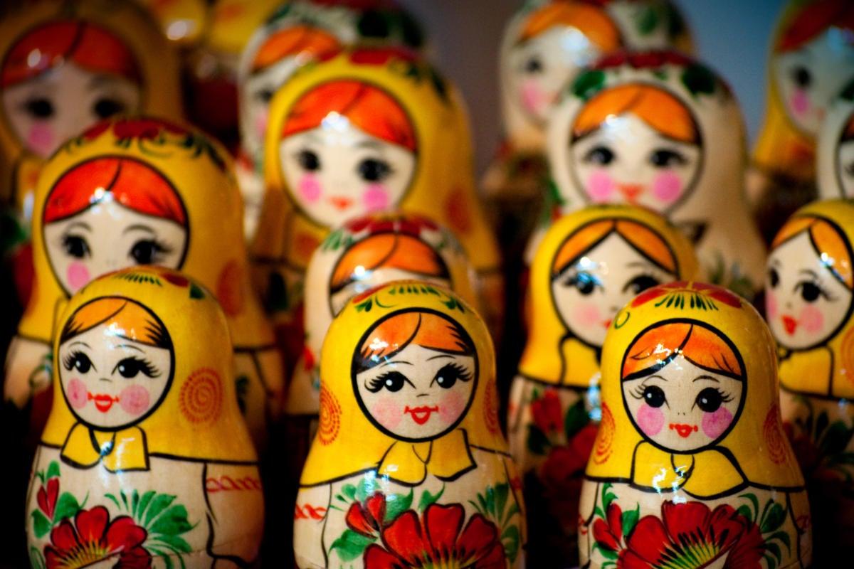 Matryoshka /Russian nesting dolls > inheritance / sequencing / pattern