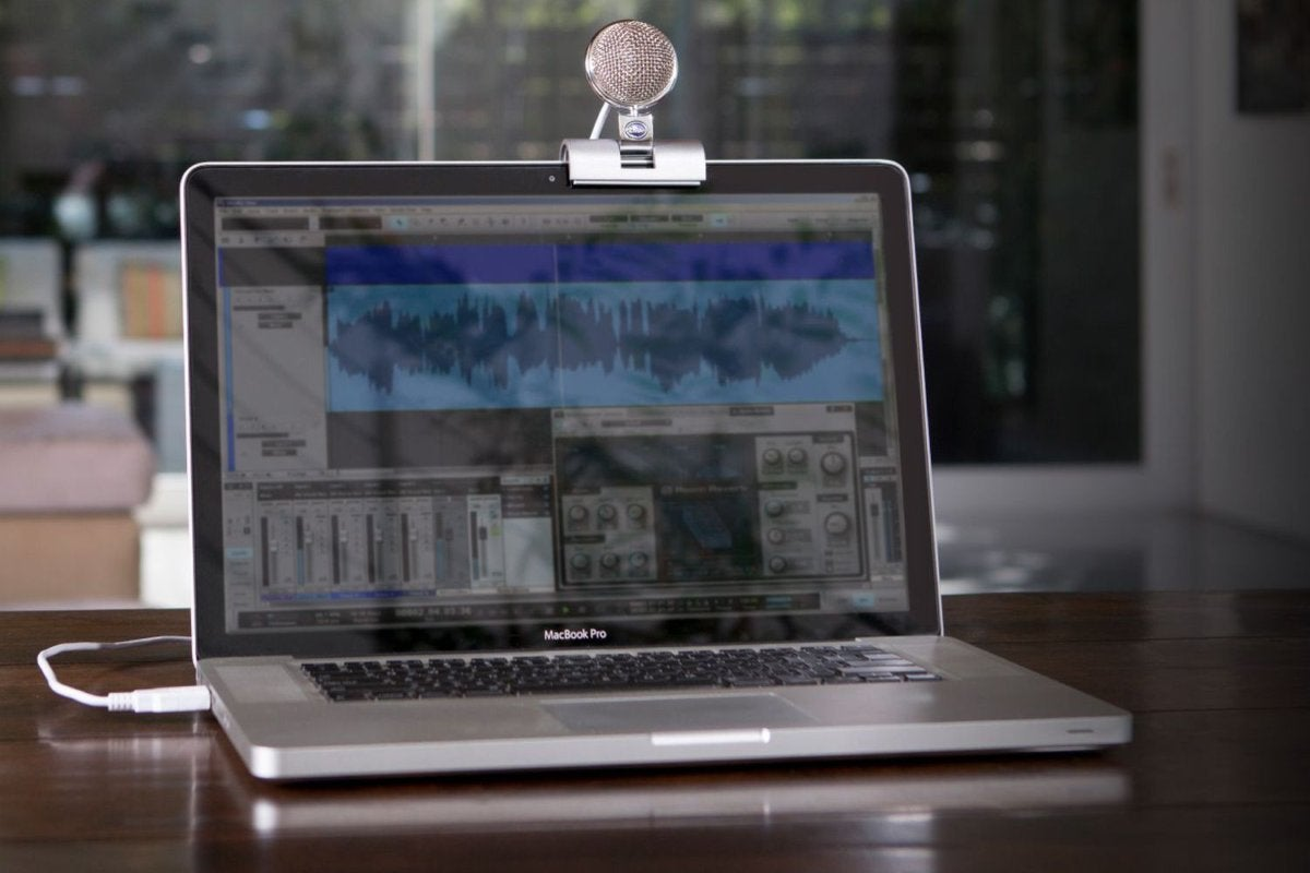 Blue's high-fidelity foldable microphone for laptops and Macbooks is 50% off