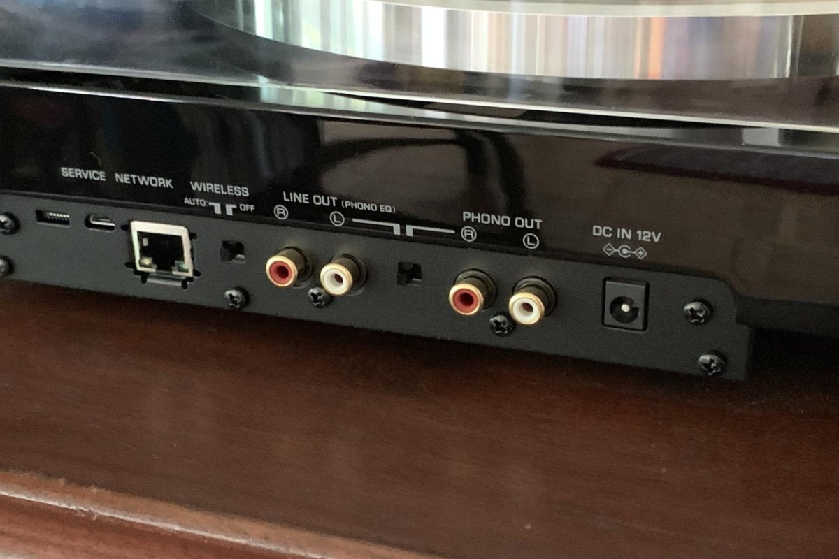 The Vinyl 500 has phono pre-outs so you can connect the turntable with an external phono preamp. It