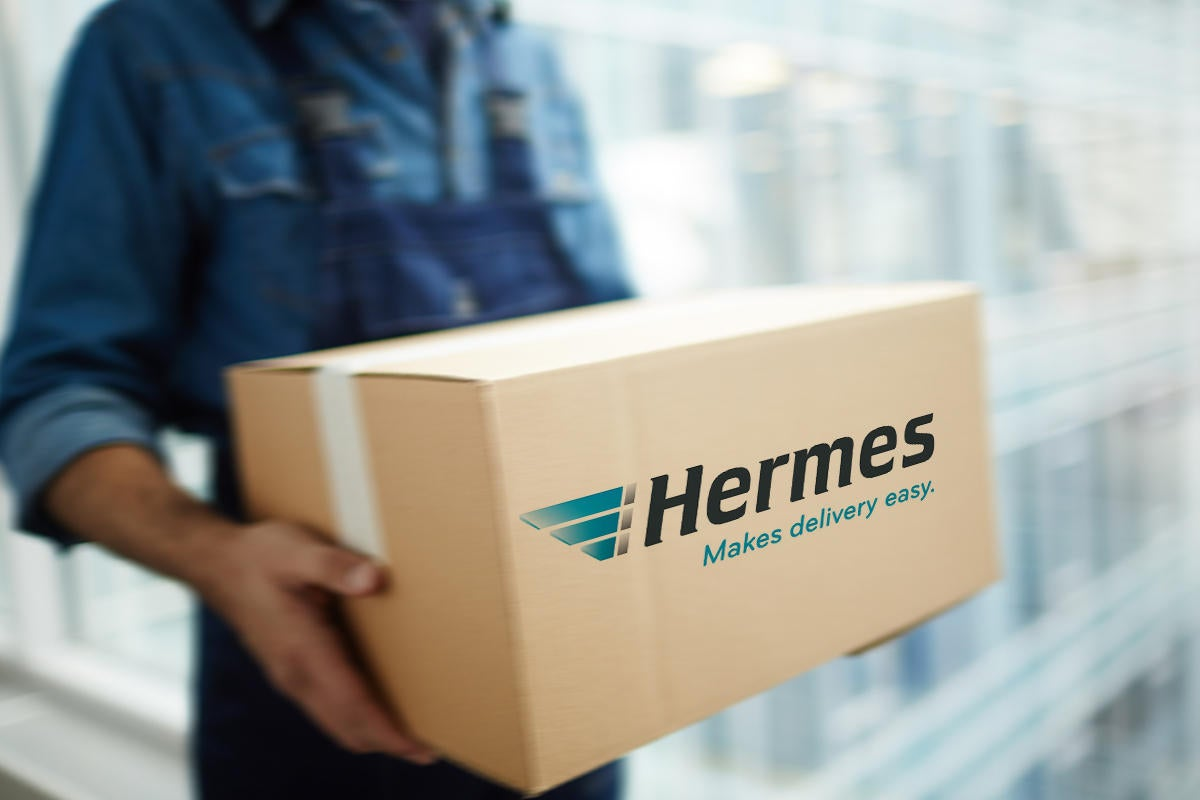cio hermes speedy delivery package box motion fast service