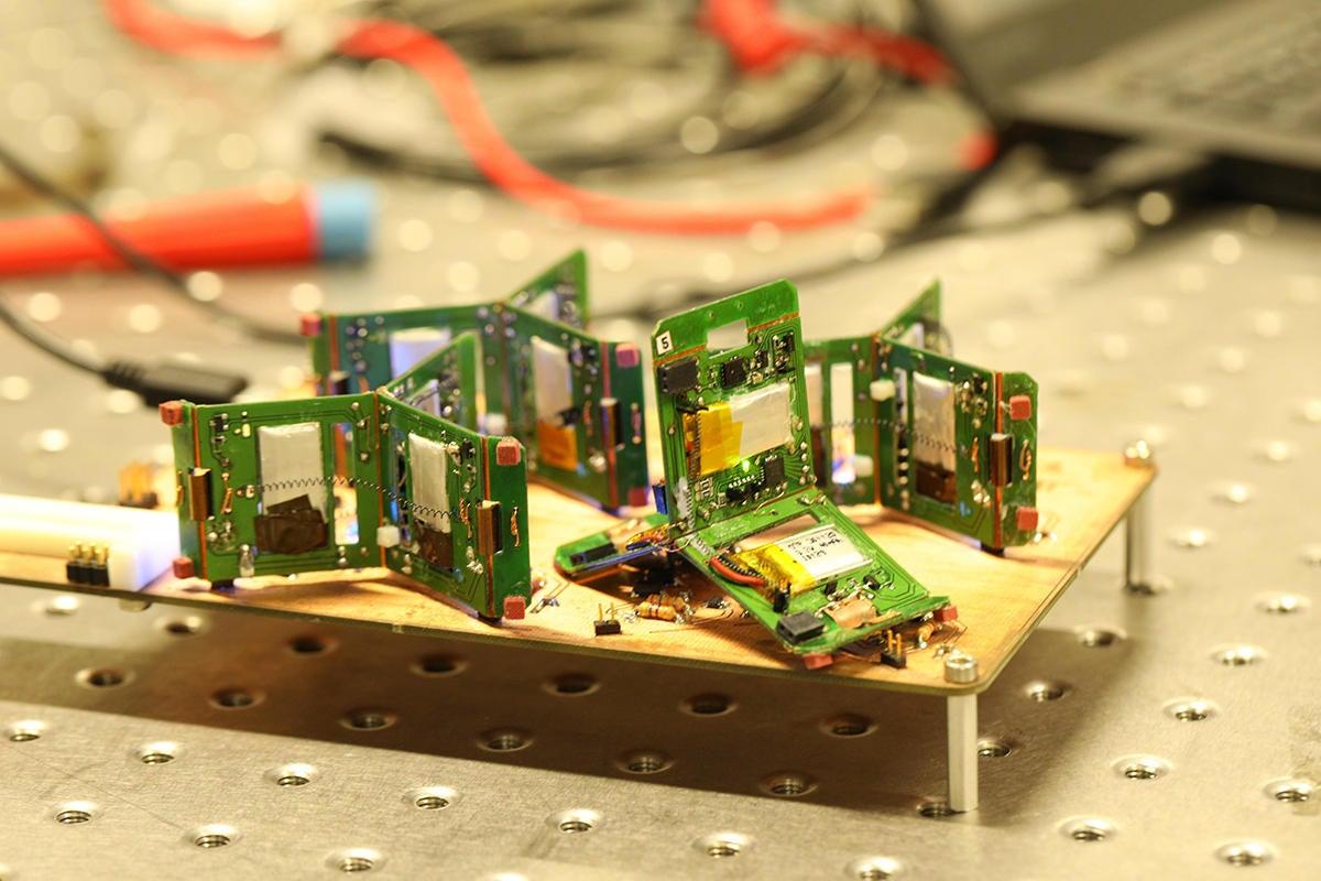 Self-organizing micro robots may soon swarm the industrial IoT