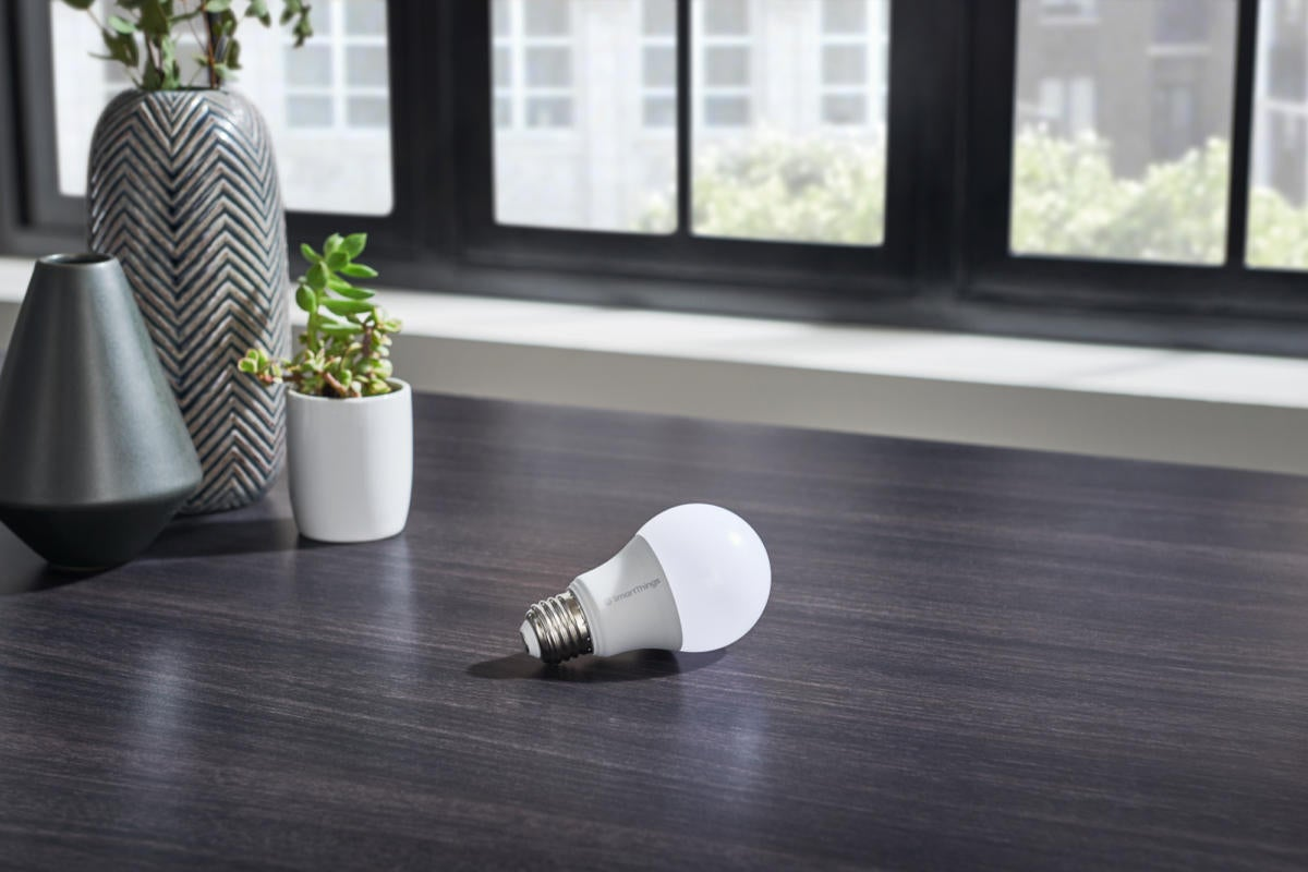 Samsung SmartThings Smart Bulb review: A $10 bulb built for