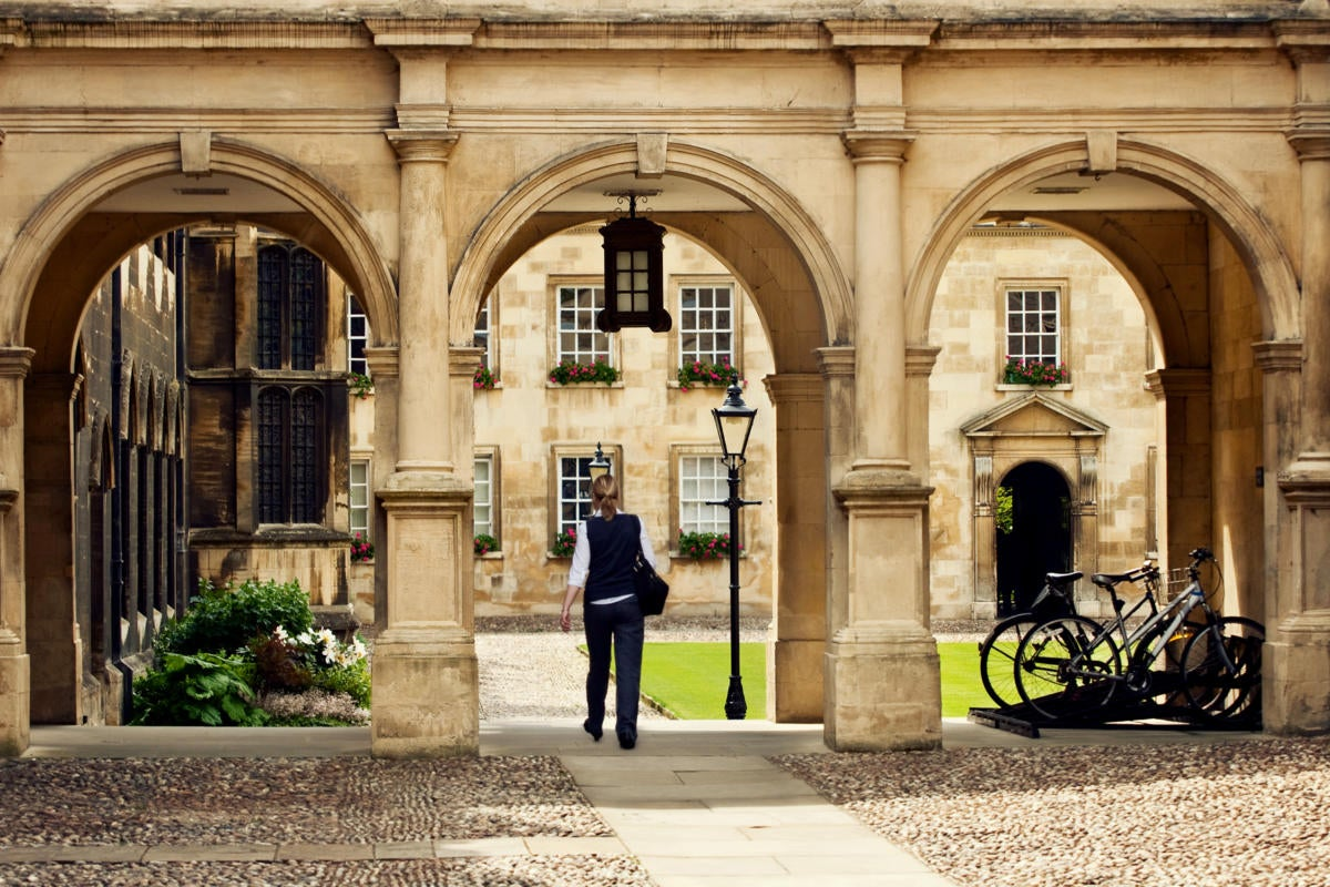 UK  |  United Kingdom  >  England  >  Cambridge  >  University of Cambridge / campus / student