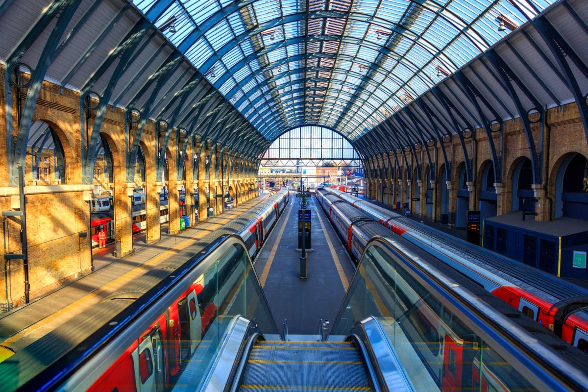 UK | United Kingdom  >  London >  Kings Cross Station / trains