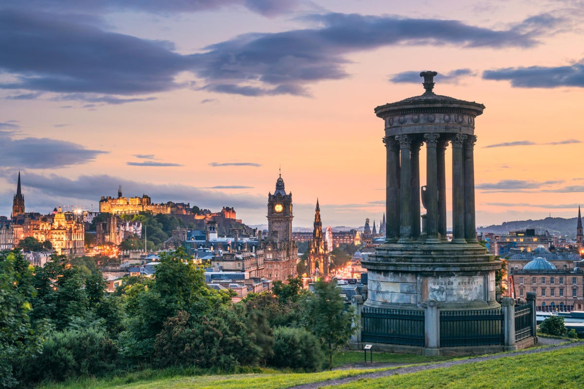 UK | United Kingdom  >  Scotland  >  Edinburgh  >  cityscape / Dugald Stewart Monument / Calton Hill
