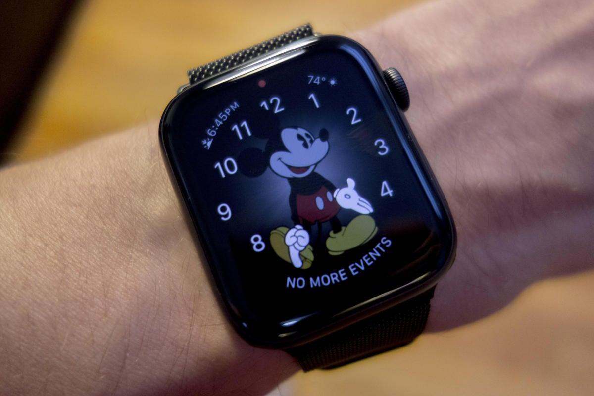 apple watch always on mickey