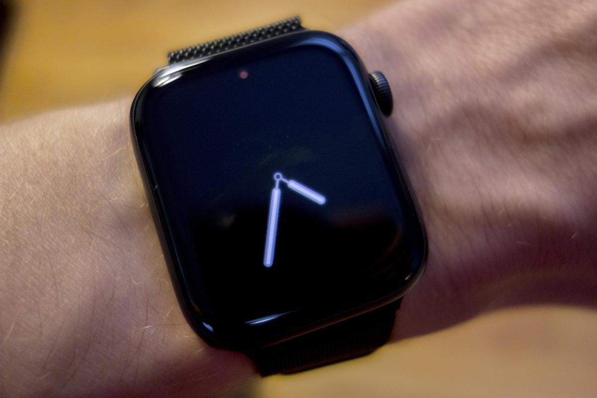 apple watch always on vapor