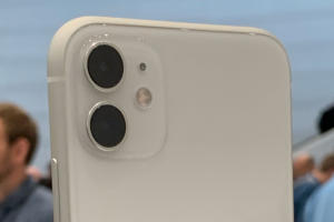 iphone 11 camera array