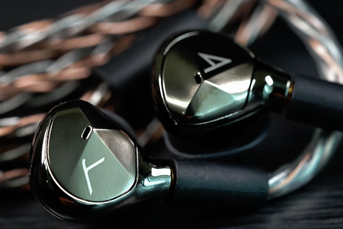 The headphones are designed by Astell&Kern with their distinctive focus on shapes, lighting, and ang
