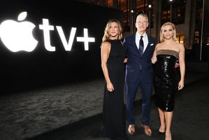 apple the morning show premiere jennifer aniston tim cook reese whiterspoon