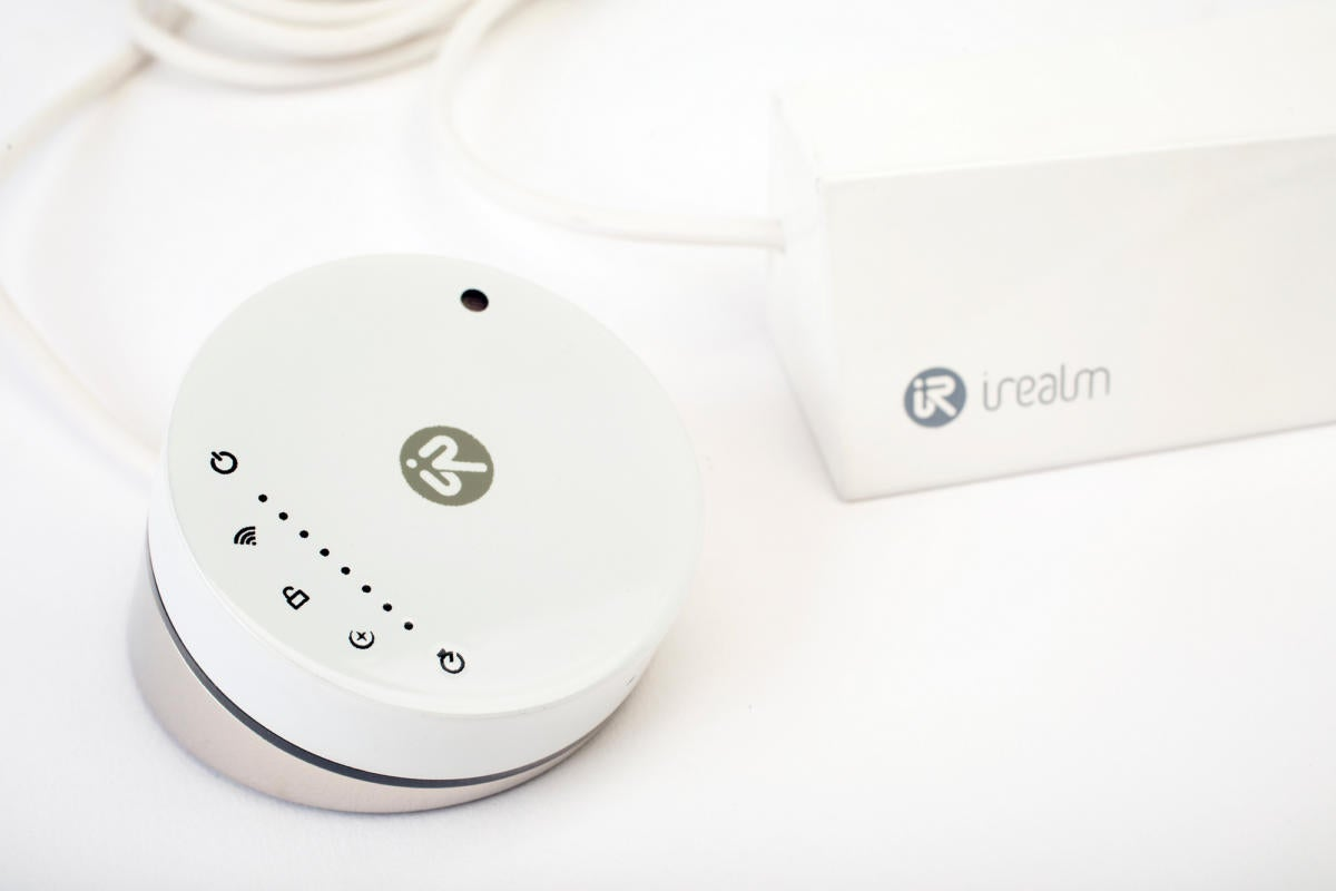 iRealm Smart Plug 2.0 review: This smart home gadget lacks any redeeming features