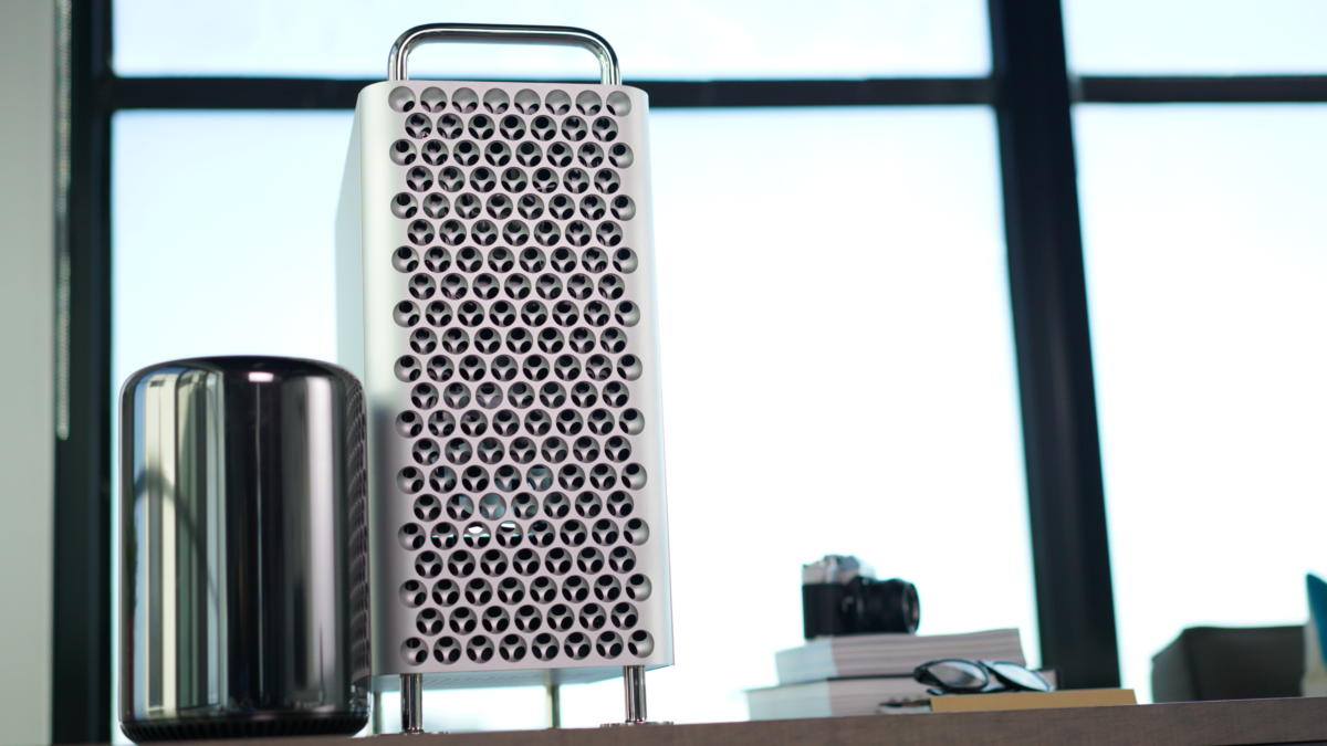 Dell XPS 13 2-in-1 vs Mac Pro: Can a thin, light laptop take down Apple's still-sold desktop?