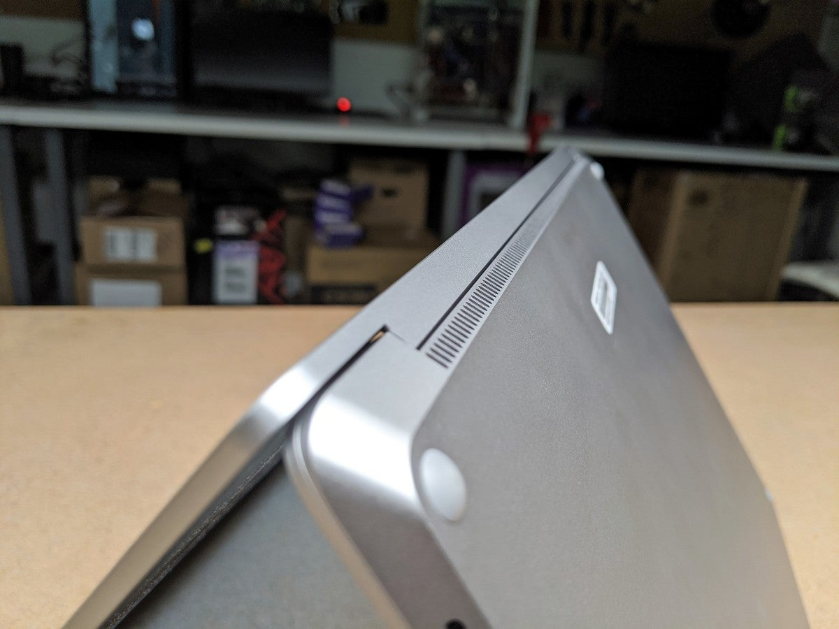 Microsoft Surface Laptop 3 Core i7 venting