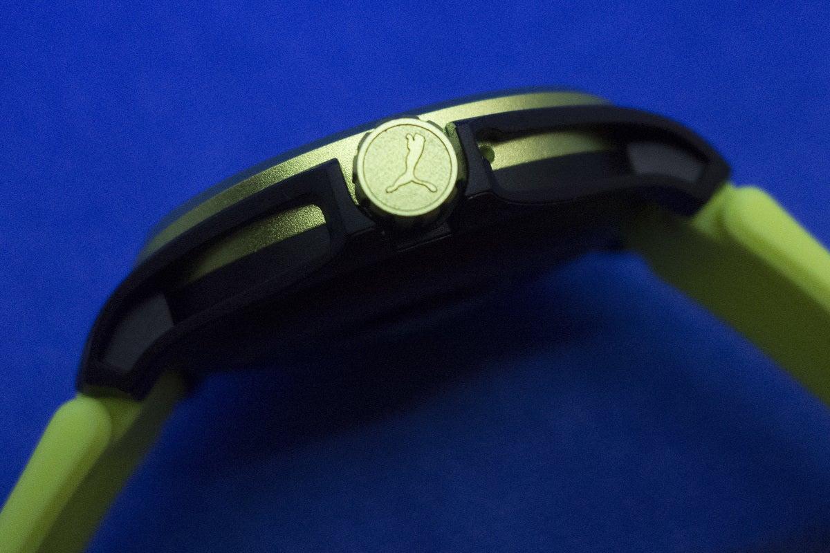 puma smartwatch button