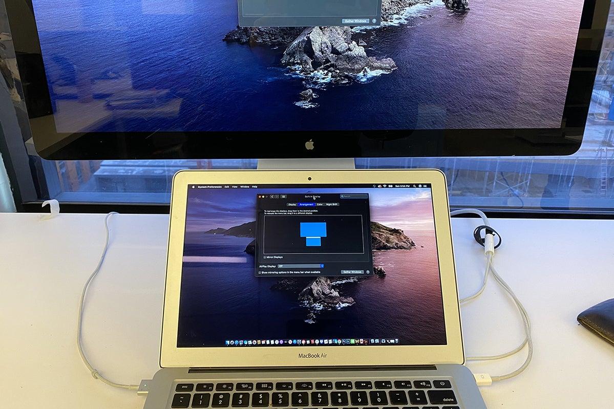 external monitor arrangement