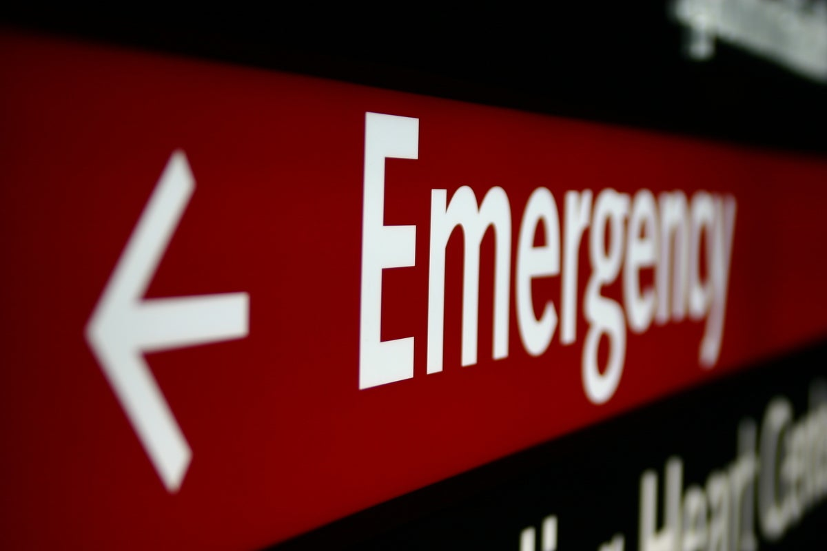 gettyimages 92252281 emergency sign