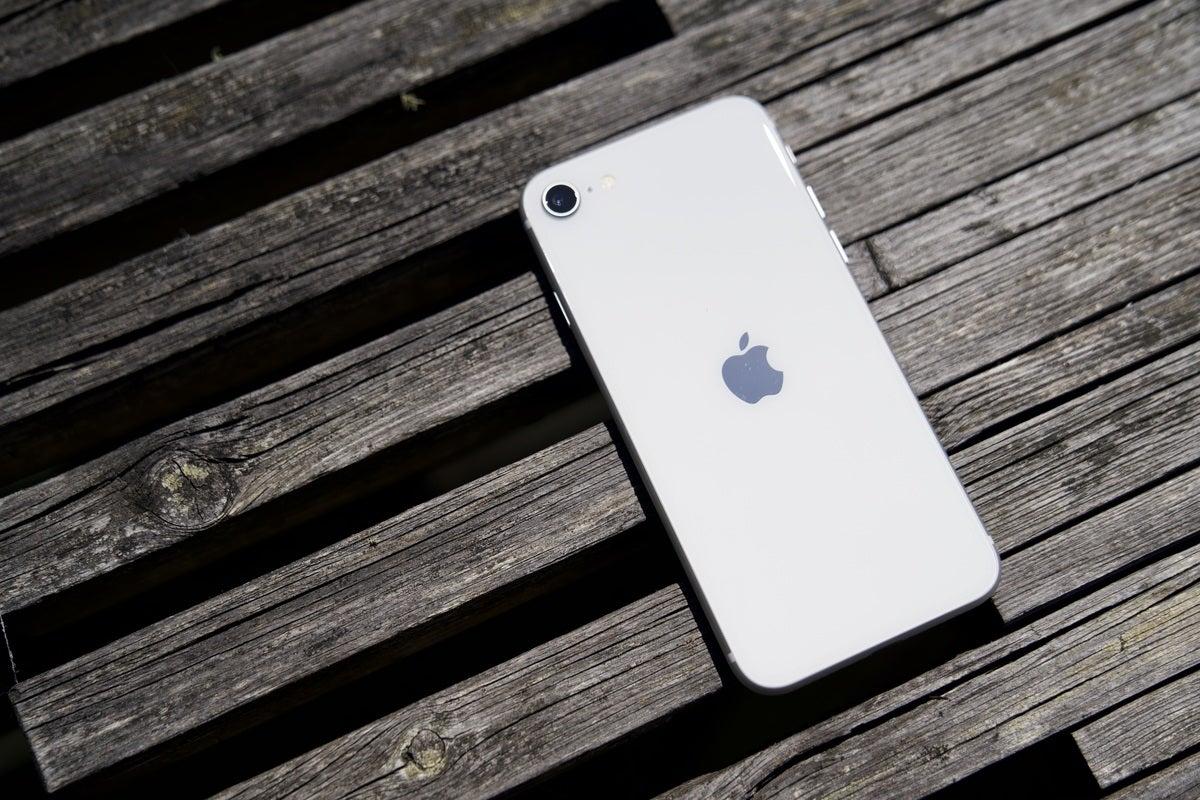 iphone se 2020 hero02