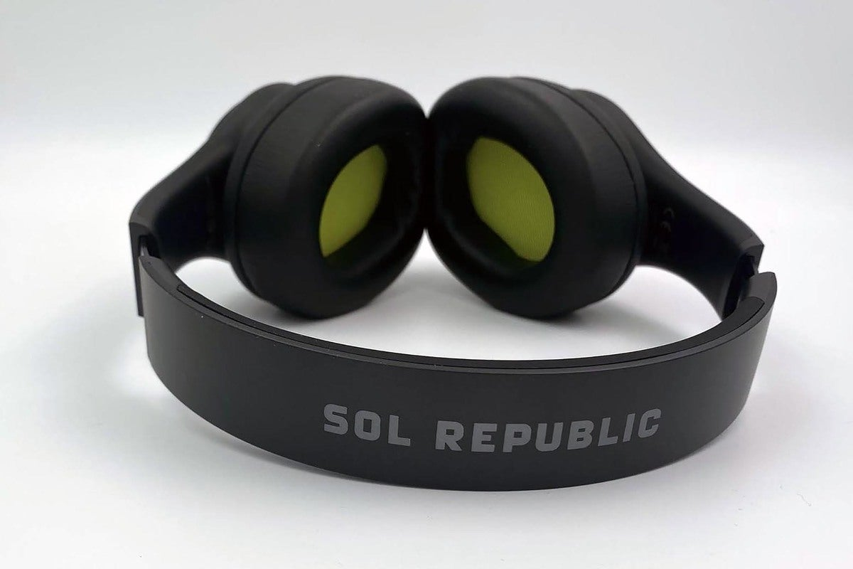 SOL Republic Soundtrack Pro ANC headphone review: Good-enough features and performance for the price
