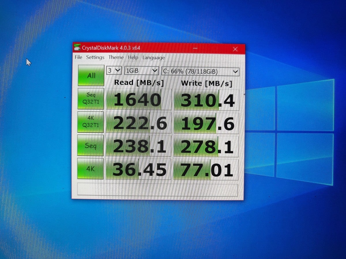 Microsoft Surface Go 2 crystaldiskmark ssd speed