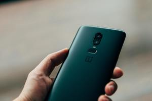 oneplus 8 vs oneplus 8 pro review