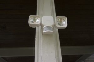 ring solar floodlight front