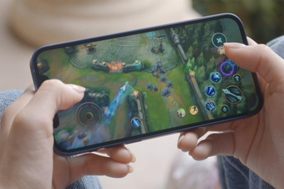 iphone 12 game display