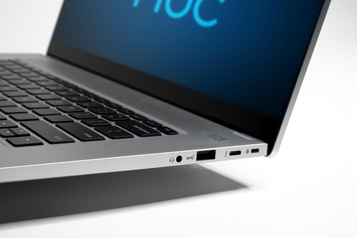 intel nuc m15 laptop kit 1