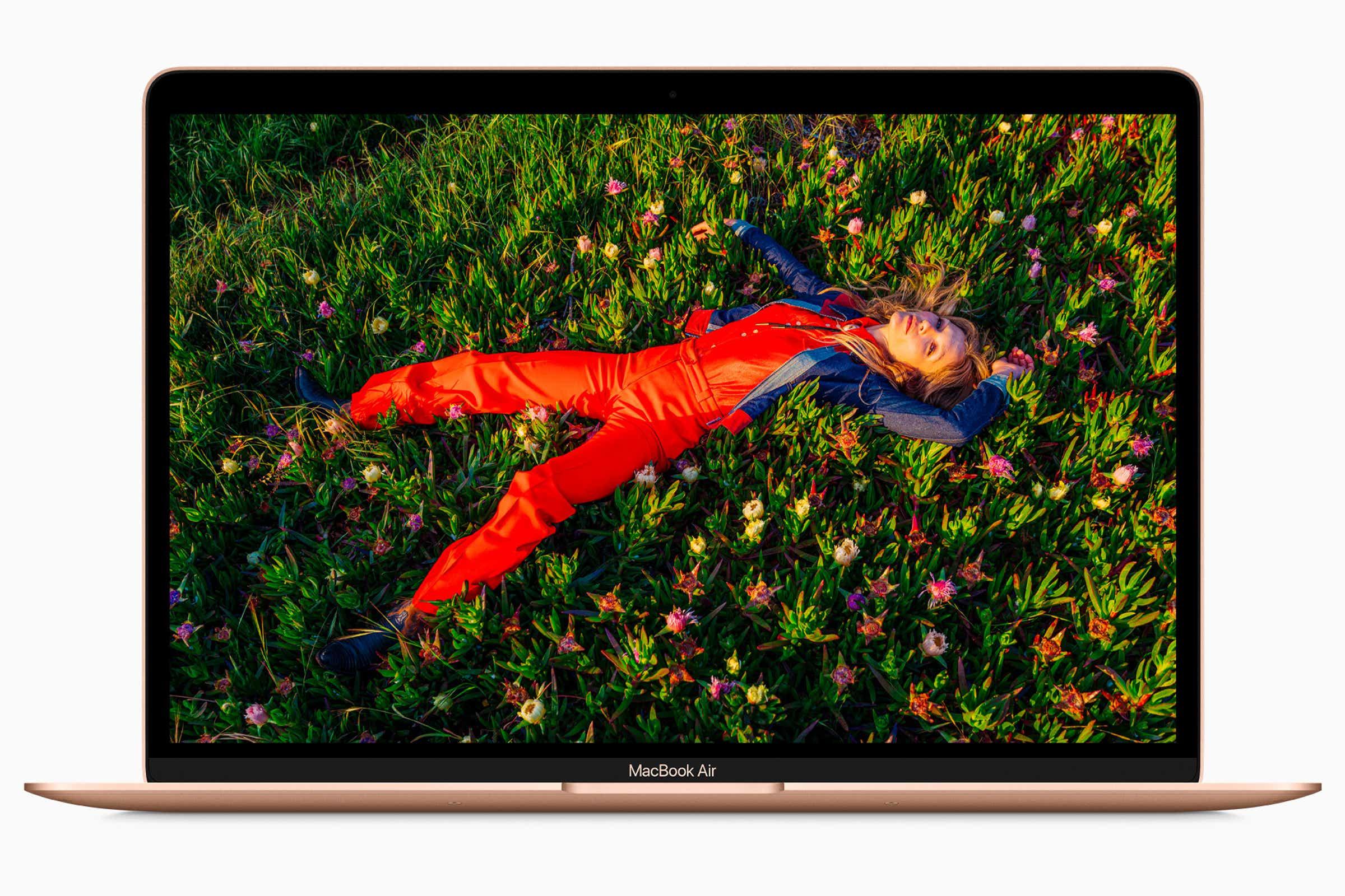 MacBook Air (M1, 8‑core CPU, 8‑Core GPU, 5126GB storage)