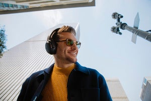 jbl tour one adaptive noise cancelling