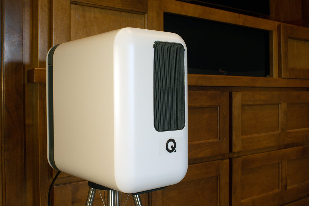 q active 200 on stand