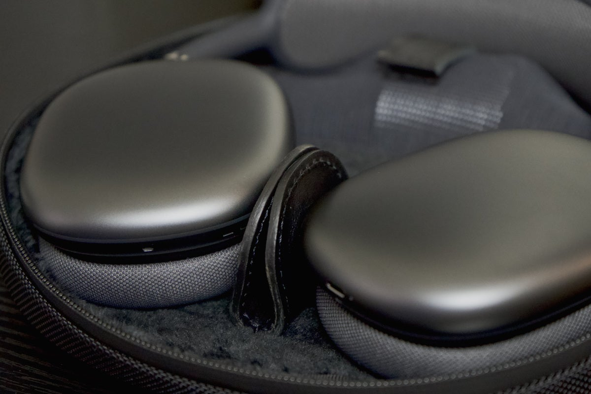 waterfield airpods max magnets