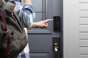 Alfred DB1-C-BL smart lock
