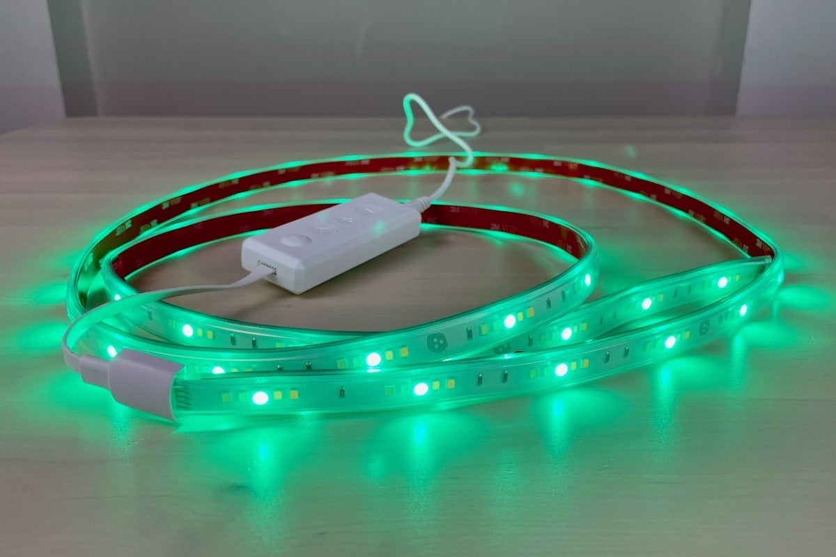 Nanoleaf Essentials Lightstrip review: A bright, affordable and Thread-enabled LED light strip