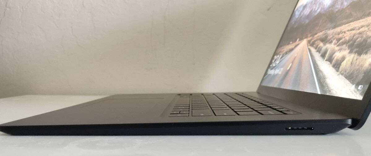 Microsoft Surface Laptop 4 right side long
