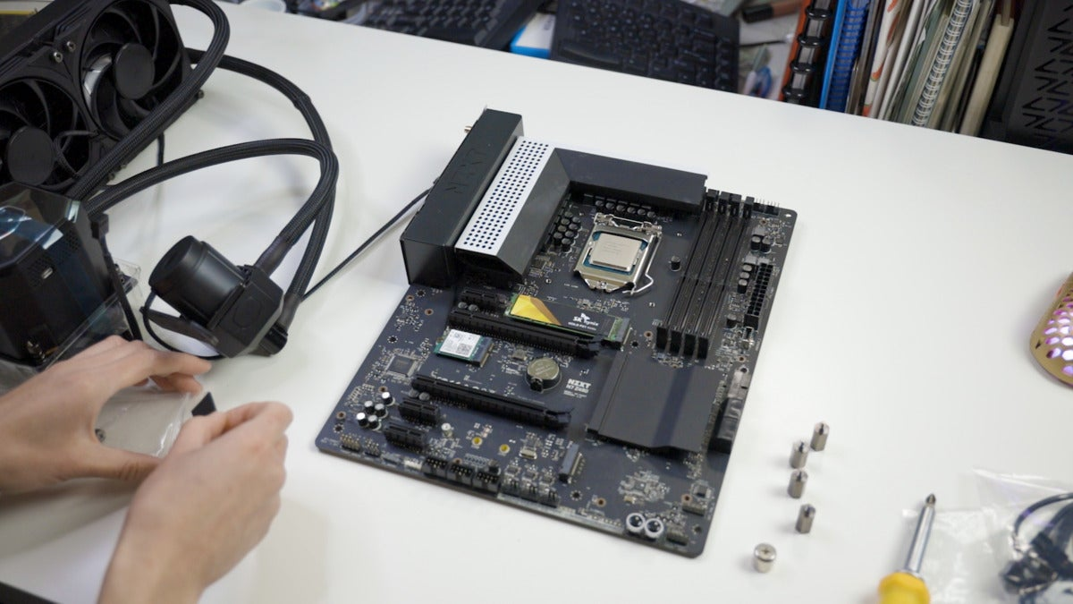 cooler master ML360 sub-zero AIO cooler installation on motherboard