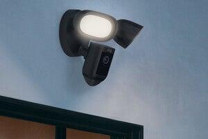 ring floodlight cam pro 3