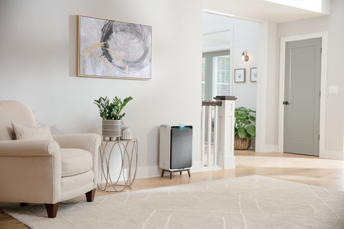 bissell air320 air purifier in use