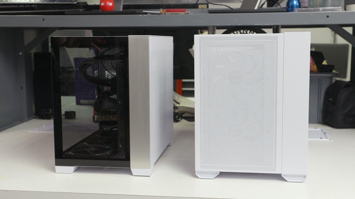 o11 air mini and o11d mini side by side, front view