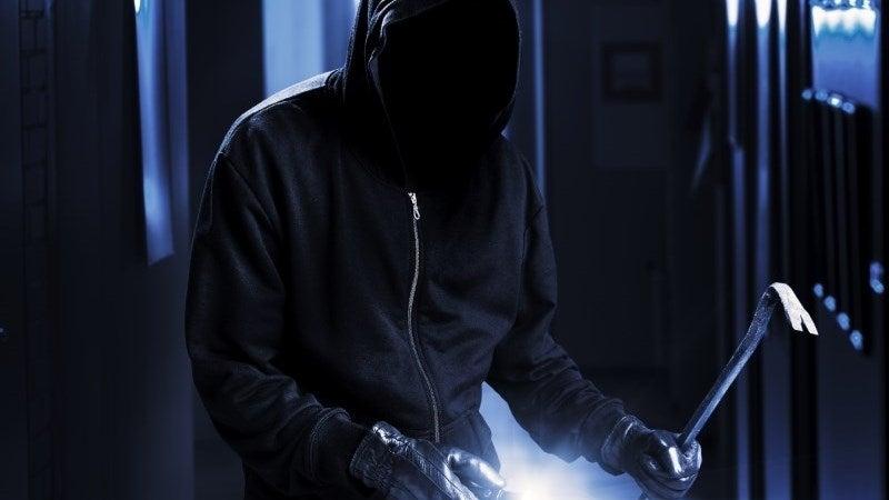 Burglars bust Vodafone\'s servers
