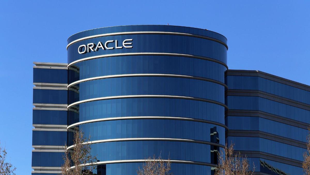 Oracle acquires DataFox