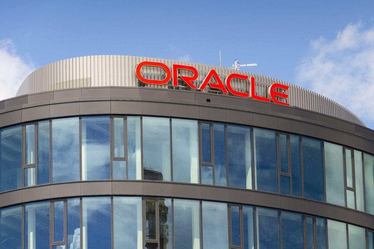 Very quietly, Oracle ships new Exadata servers