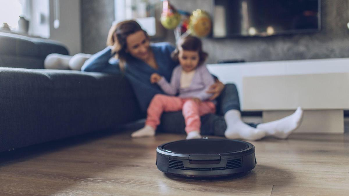 Google knows what\'s inside your house (if you buy a new Roomba robot vacuum cleaner)